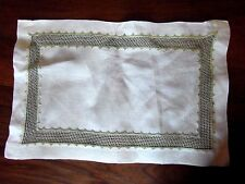 napperon jour broderie 39x26☺old mat