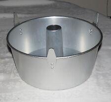"Wilton Performance Pans 10"" Bundt pan with removable bottom"