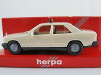 """Herpa 4005 Mercedes-Benz 190 E (1982-1988) """"TAXI"""" in hellcreme 1:87/H0 NEU/OVP"""