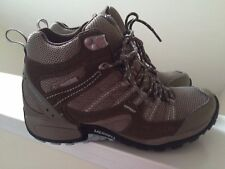 Womens Merrell Hiking Boot Olive & Brown Size 6.5