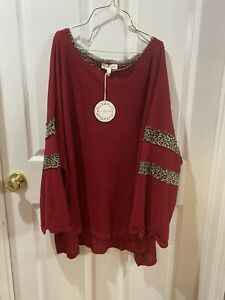 UMGEE Women's Plus Animal Print Red Waffle Knit Top NWT XL