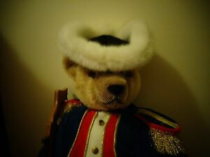 collectable hermann green tag no-no bear toy soldier from the nutcracker suite