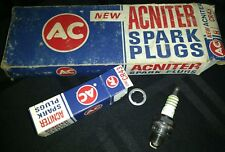 ~ACNITER SPARK PLUGS VINTAGE 'NOS' CR43   5569901 GREEN RINGS (8 TOTAL)~