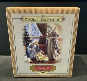 Porcelain Holy Family Nativity Set Baby Jesus Grandeur Noel Collectors 2002
