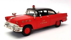 First Gear 1/34 Scale 19-2178 - 1956 Ford Tudor Chief's Car - Chicago Fire Dept.