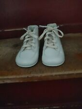 Vintage babyShoes Size 1 m ? White Lace Up new no box