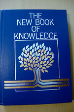 The New Book of Knowledge Annual 1999 (Hardcover)