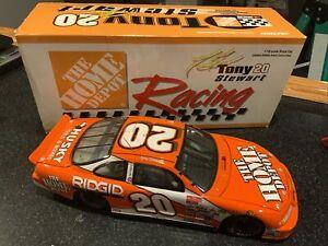 Tony Stewart #20 Home Depot 1999 1:18 Action Diecast Car Nascar Pontiac