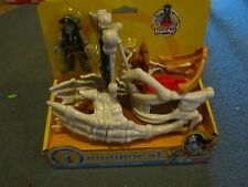 Fisher Price Imaginext Shark Pirates Billy Bones' Boat Skeleton Toy Raider Set