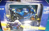 MAISTO Gauloises YAMAHA YZR-M1 bike No. 46 Valentino Rossi MotoGP 2004 1:18th