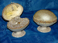 Keepsake Egg Gift with Heart of Gold poem inside the lid and crystal teddy CG4