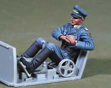 1/32 scale resin model kit wwii hermann graf-pilote allemand