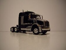 DCP 1/64 BLACK & SILVER WESTERN STAR 5700XE WITH SLEEPER