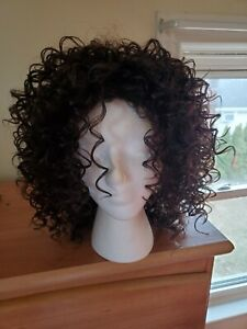 Wigs for women, brown, curly, shiny, beautiful, mid-lenghth