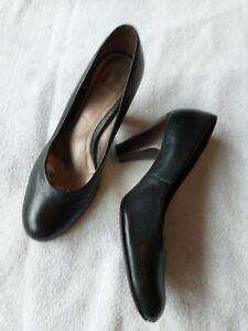 Carvela Ladies Black Leather Court Shoes Size 6