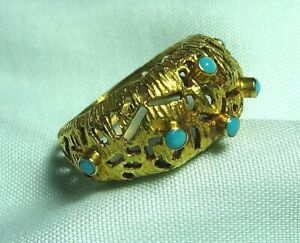 16K Yellow Gold and Turquoise Ring 4.5 grams size 6 3/4