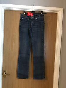 WOMAN'S NEW STRAIGHT LEG SKINNY DENIM BLUE JEANS SIZE 8 REGULAR