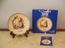 """collector Hummel  """" Past Time"""" 1978 Plate"""