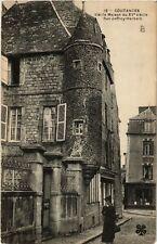 CPA  Coutances - Vieille Maison du XVe siecle - Rue Jeffroy-Herbert  (632872)