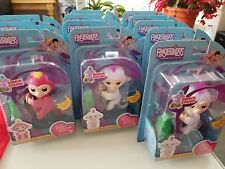 WowWee FINGERLINGS Baby Finger Monkey SOPHIE white with bonus stand