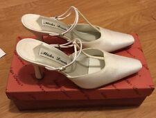 "Mister Lorens Satin White Wedding Shoes Women Style 313 6M 2.5"" Heels NIB"