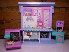 Vintage Littlest Pet Shop Care Center Playset 1993 Kenner