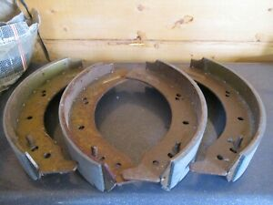 """BS580 New Moprod Front Brake Shoes Land Rover 88"""" 109"""" Series IIA III 1980-84"""