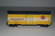 HO Scale Roller Freight 40' Single Door Boxcar Wood & Metal 88 C4642