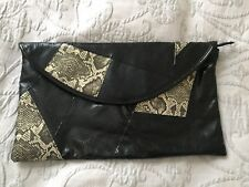Clutch bag Atmosphere snake print