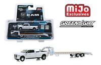 Greenlight 2018 Dodge Ram 3500 Laramie with Gooseneck Trailer 1/64 51308