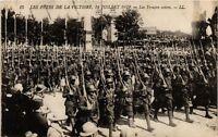 CPA PARIS Les Fetes de la Victoire 1919 Les Troupes noires (218843)