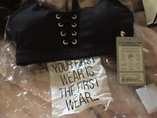 BNWT Lorna Jane Black lace up look - High impact support crop top size small