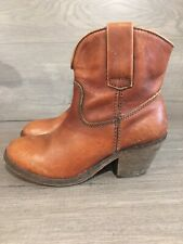 Womens Corral Boots. Size 6 M. Ankle Booties