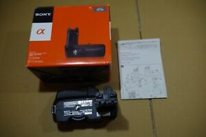Sony VG-B50AM Vertical Grip for Sony Alpha DSLR-A500,A550 Cameras Boxed