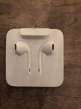 OEM Apple – Lightning EarPods Earbuds Headset - iPhone 7 / 8 /X /XS Original New