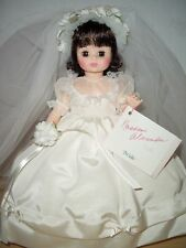 "Vintage Madame Alexander 14"" Bride #1589 - Made 1987 & 1988 - Classic Series"