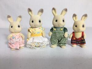 Calico critters/sylvanian families Corntop Bunny Family Of 4