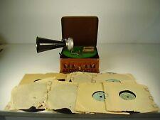 Antikes BING Pigmyphone Grammophon mit 8 Platten vor 1945