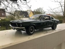 AUTOart 1:18 Ford Mustang GT #72812 by RACEFACE-MODELCARS