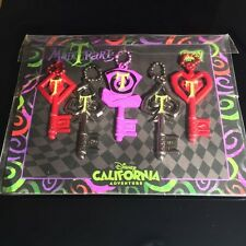 Disney California Adventure Mad T Party Key Pins - Glow In The Dark