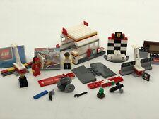 Lego 40195 Ferrari Shell station incomplete parts Lego minifigures Michael