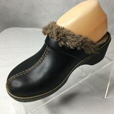 Crocs Shoes Clogs Mules Sz 7 Shearling Lined Dual Comfort Brown Suede Faux Woman