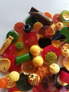 Collectible Assortment of Bakelite buttons