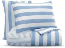 Bloomingdale's Essential