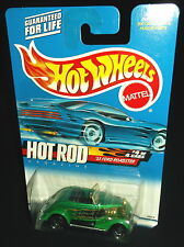 Hot Wheels 2000 #008 Hot Rod Magazine Series #4 1933 '33 Ford Roadster Green SBs