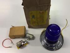 YANKEE EMERGENCY LAMP 360 MODEL 342 W/ FLASHER SWITCH NOS CHROME BASE 6 VOLT
