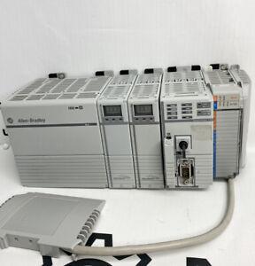 Allen Bradley Compactlogix Plc Rack 1768-L45 Ser. A Contrôleur W / Ps & I/O Plc