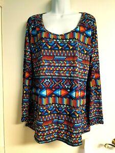 NWT LuLaRoe Lynnae Top Blouse Blues & Multicolor Size XL