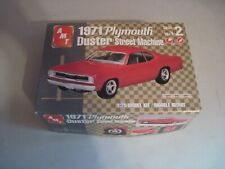 Vintage Amt 1971 Plymouth duster model kit