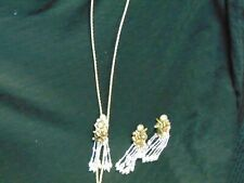 LADIES BOLO TIE WITH CLIP ON EARRINGS GOLD TONE